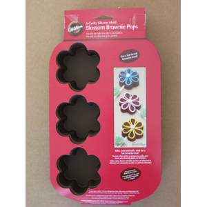 Wilton Silicone Mold Blossom Brownie Pops